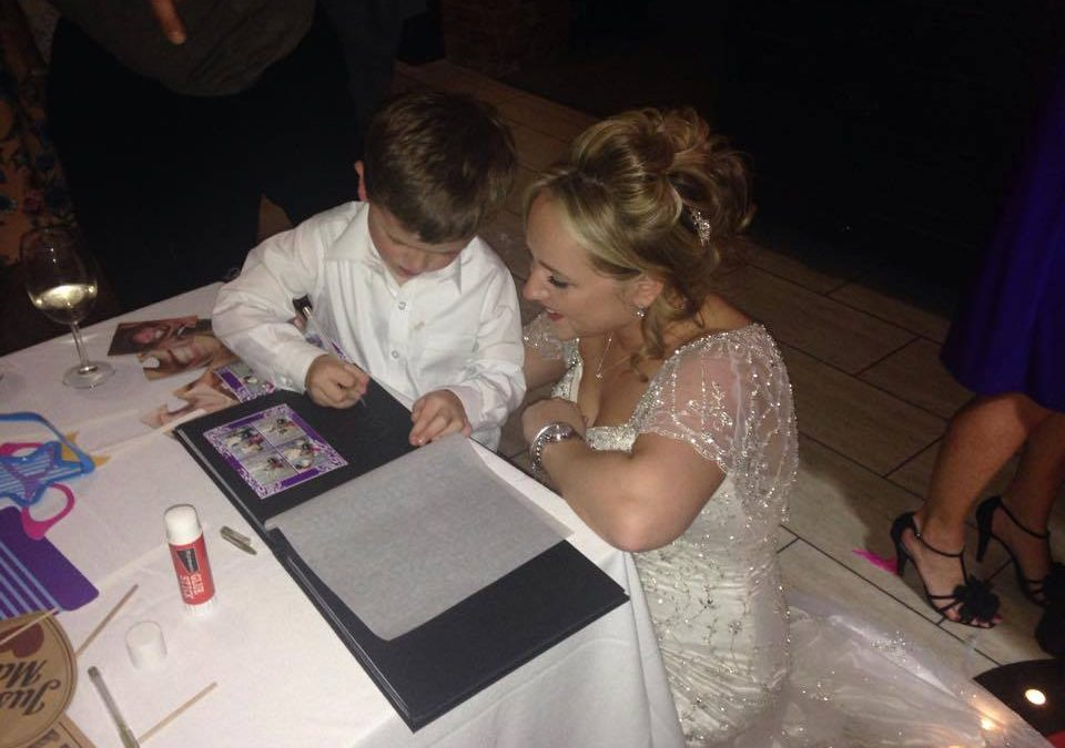 How To Create An Amazing Wedding Guest book